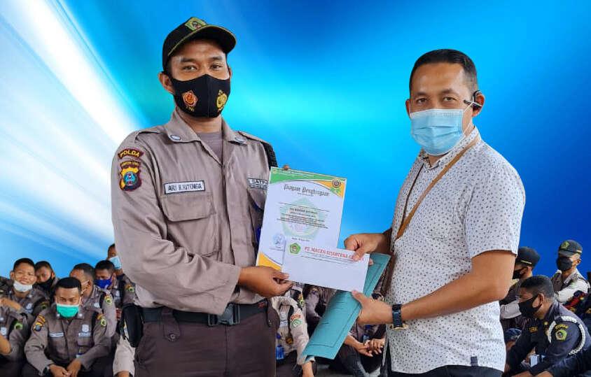 Penghargaan Ari Bentani Ritonga